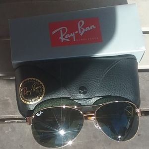 Brand New Black RayBan Aviators RB3386 Never Worn